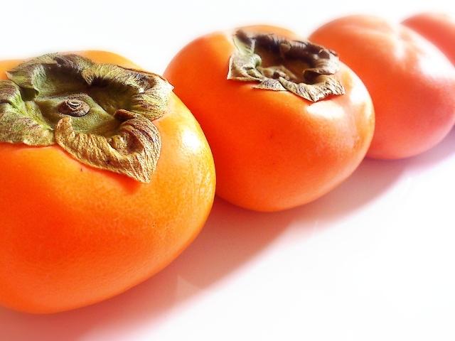 ツヤツヤの柿